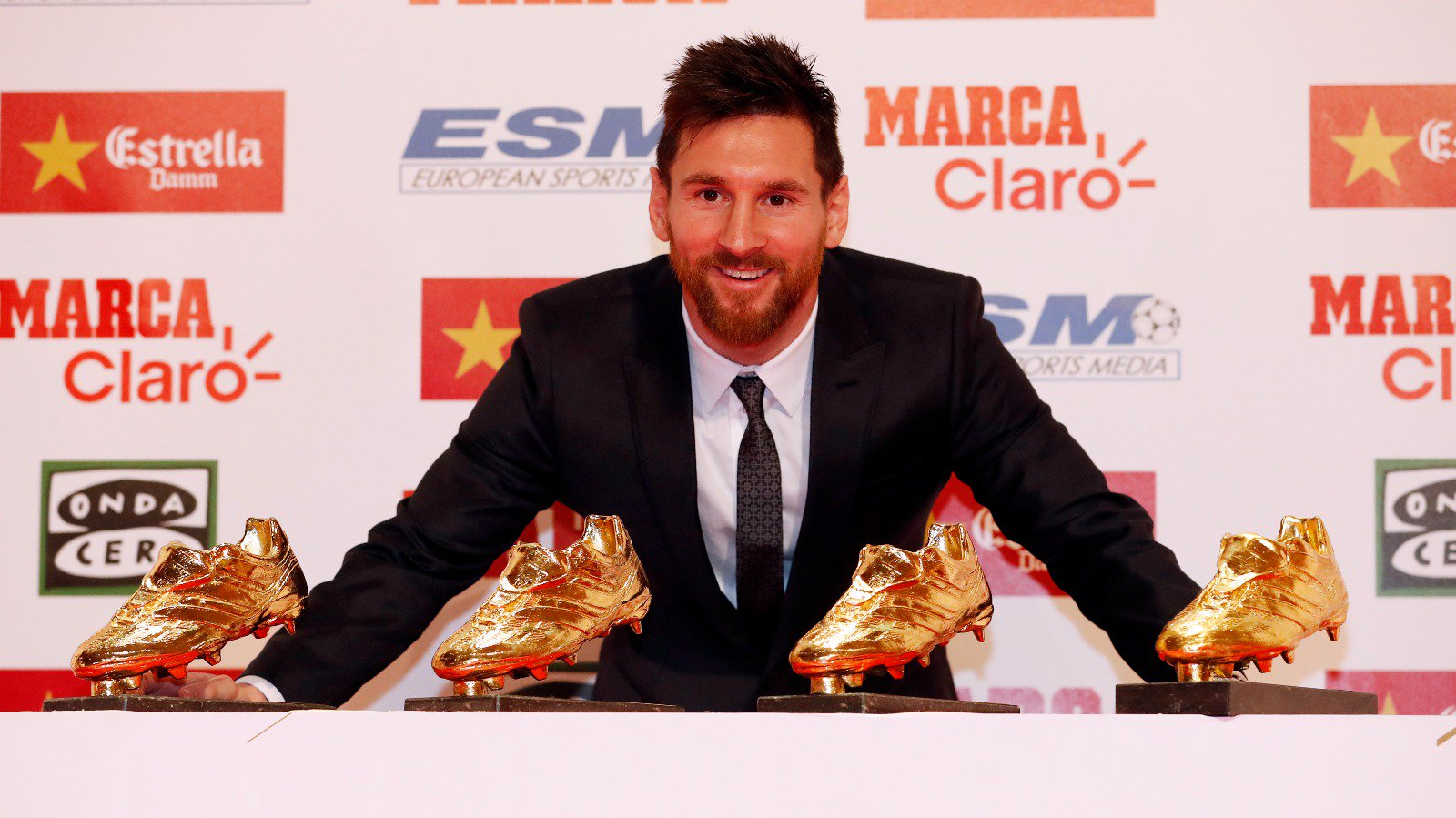 Messi-golden-shoes-2017